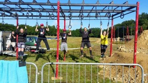 Messing around on the hang tough before the race with Lee Cote Vince James, Chris Williams and Dom Wright